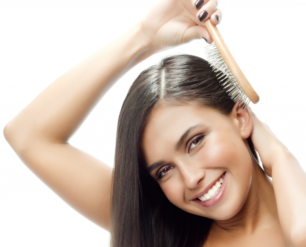 Как часто нужно расчесывать волосы для роста