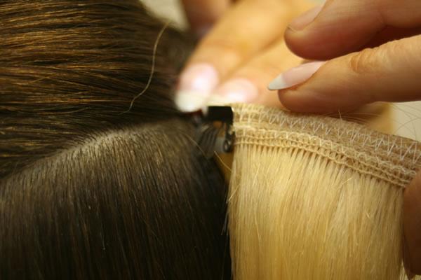 Как крепить пряди на заколках накладные волосы Glam